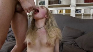 Teeny fuck and messy cumspray
