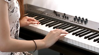 Blue-eyed musician gets her mushy puss demolished